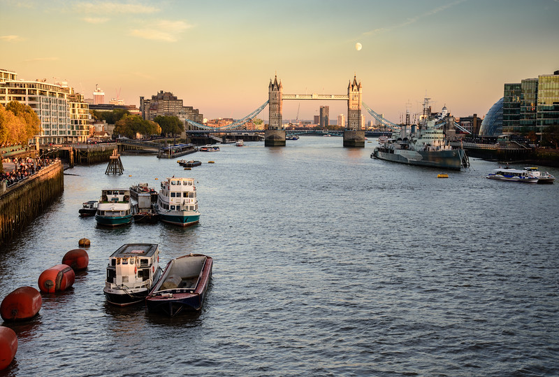 Tower Bridge moonrise