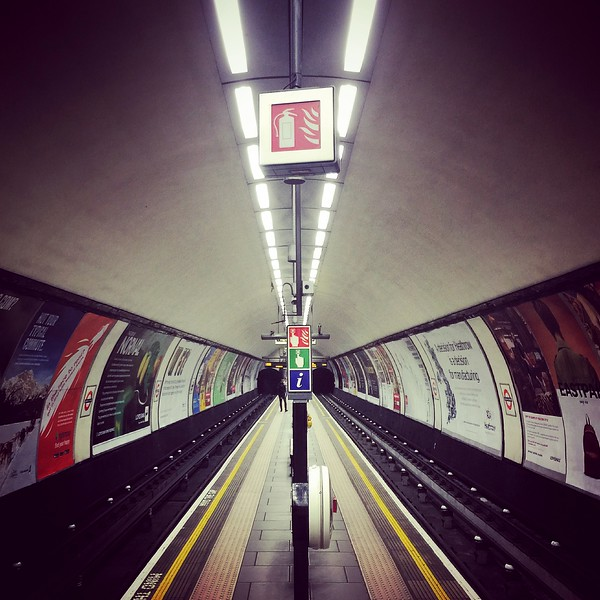 Clapham Common Station. 2016.