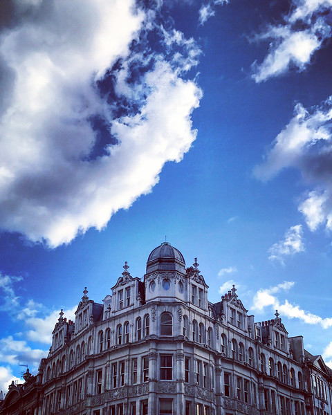 Blue Sky in Knightsbridge. 2017.