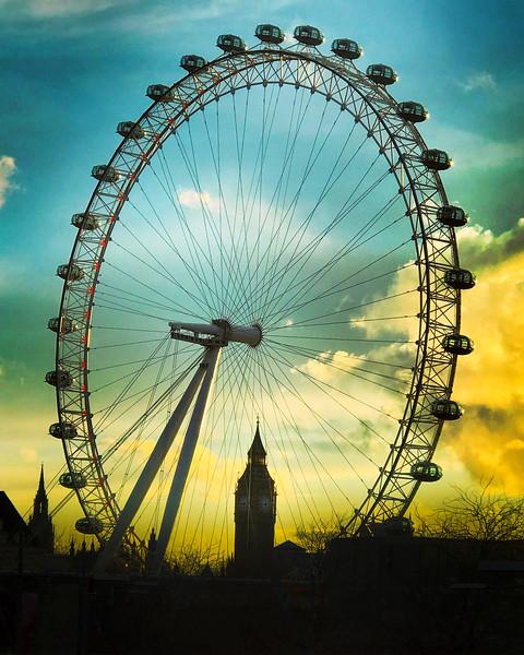 The London Eye at Sunset. 2016.