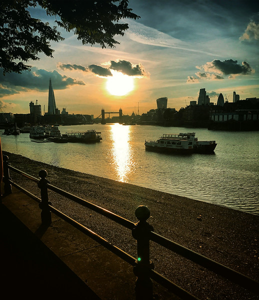 Sunset on the South Thames. 2017.