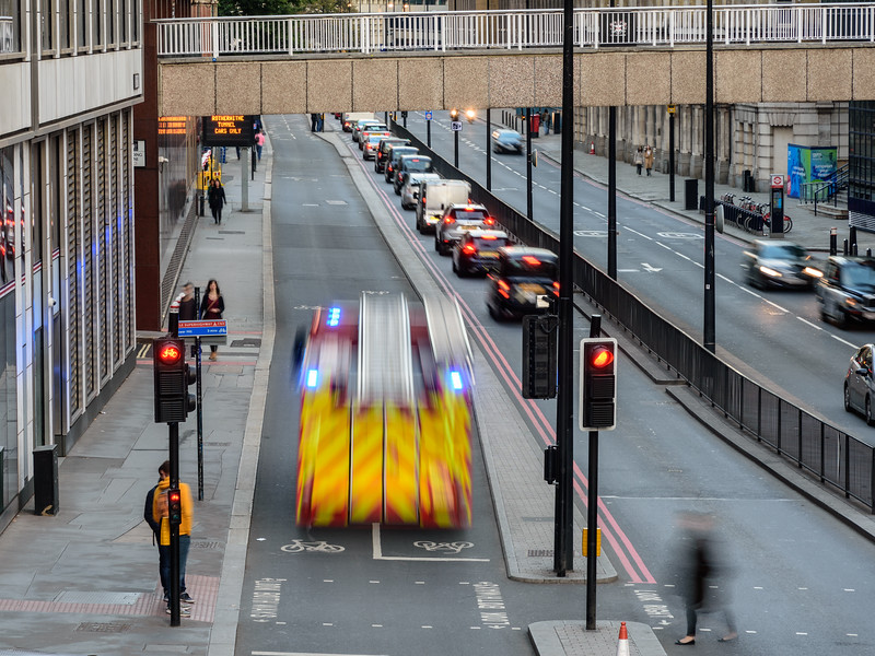 Fire engine using London Cycle Superhighway