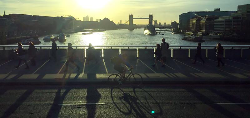 Morning Commute on London Bridge. 2016.