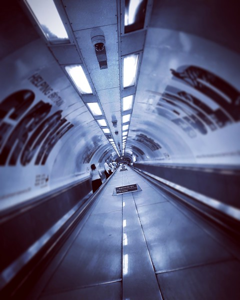 Waterloo and City Escalator. 2016.