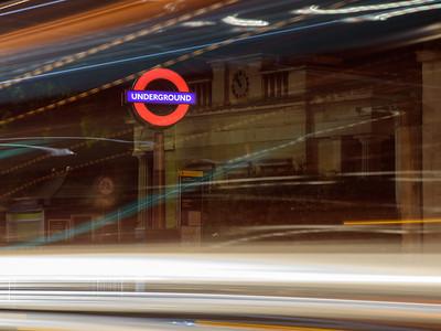 Hyde Park Corner station roundel