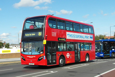 ADE12 - YX12FNT - Slough (William St) - 22.9.12
