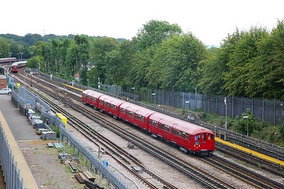 1938 Tube Stock, Train 746 working 0942 Harrow-on-the-Hill to Watford at Rickmansworth on the 9th September 2018