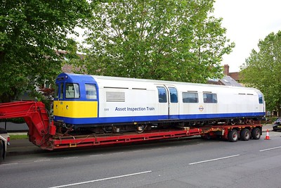 3313 Asset Inspection Train on a low loader at Boston Manor on 25 June 2021  IMG4392 AssetInspectionTrain, LondonUnderground, MoveByRoad