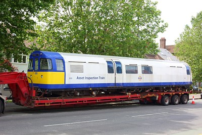 3313 Asset Inspection Train on a low loader at Boston Manor on 25 June 2021  IMG4363  AssetInspectionTrain, LondonUnderground, MoveByRoad