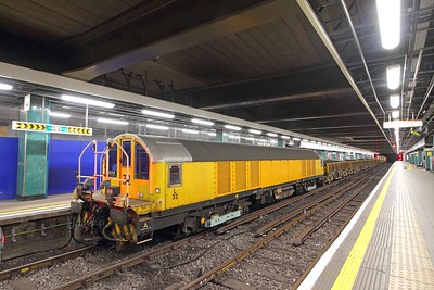 L32 tnt L26 on a ballast train in Moorgate P4 on the 19th October 2017