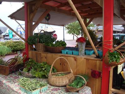 tuckaway farm - farmers market