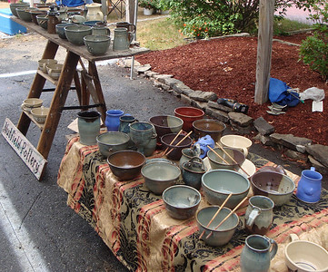 nutfield pottery - farmers market