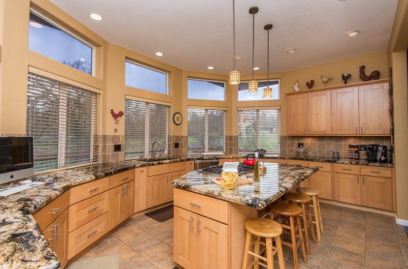 DSC_6291_kitchen