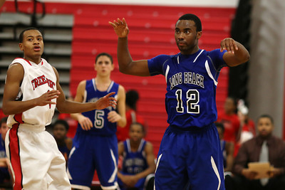 TJ Basketball Long Beach v Freeport 037