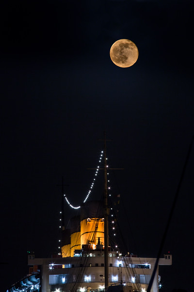Honey Moon Over Queen Marys Stacks