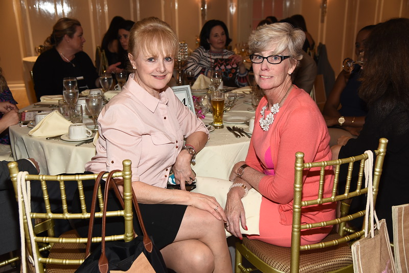 Heather Reynolds, Maryellen McCrossen