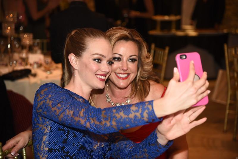 Lindsay Ellingson,Christine Guarino photo by Rob Rich/SocietyAllure.com ©2017 robrich101@gmail.com 516-676-3939