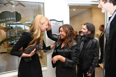 Beth Stern, Rachel Ray, John J.Cusimano, and Howard Stern outside the The Rachael Ray Foundation Room. photo by Rob Rich/SocietyAllure.com ©2019 robrich101@gmail.com 516-676-3939