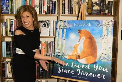 Hoda Kotb book signing at Book Revue in Huntington