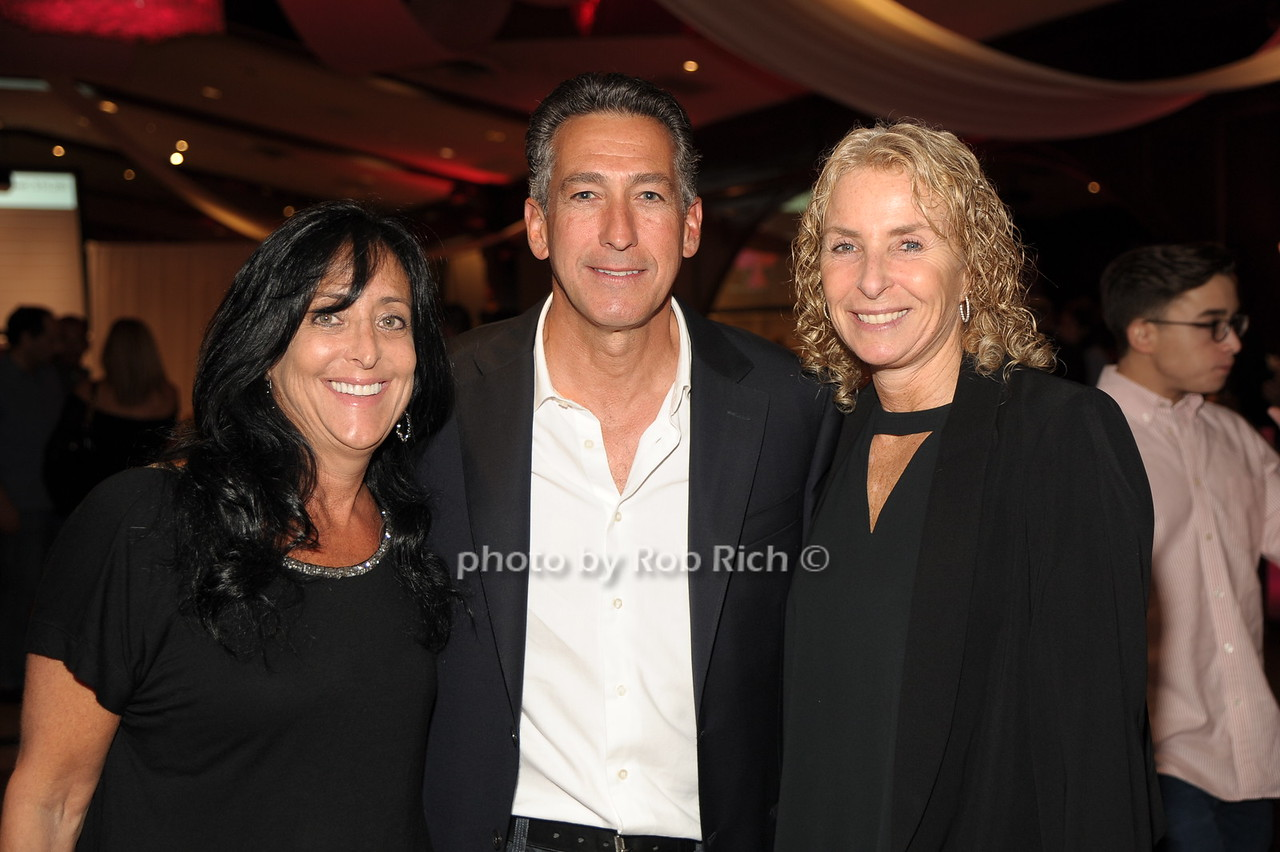 Debbie Shlasmitz, Don Cohen, Carla  Magray