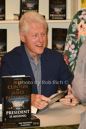 President Bill Clinton & Author Robert Patterson book signing