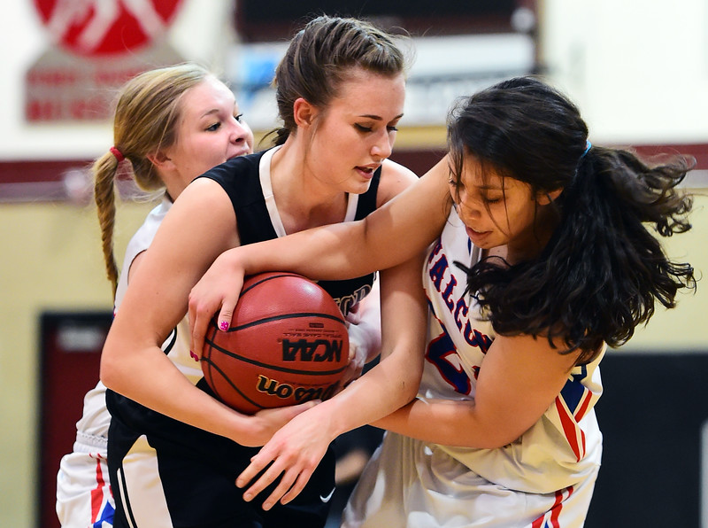Longmont Christian Girls  Briggsdale