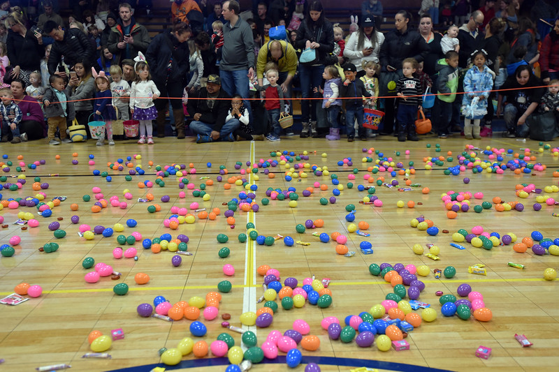 "The three and under children wait with their families to begin the egg hunt during the Easter Egg Hunt at the Longmont Memorial Center on Saturday sponsored by the White Fields Church.<br /> More photos:  <a href=""http://www.BoCoPreps.com"">http://www.BoCoPreps.com</a><br /> David R. Jennings/Staff Photographer<br /> March 26, 2016"