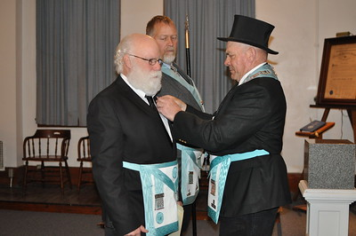 Bro. Kellogg was presented a Nebraska Mason Pin