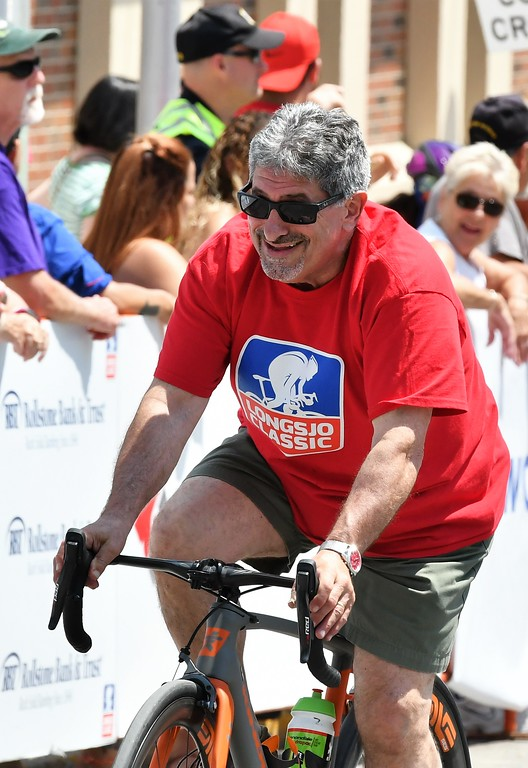 . Fitchburg Mayor Stephen DiNatale enjoying the ride. Sentinel & Enterprise - Jim Fay