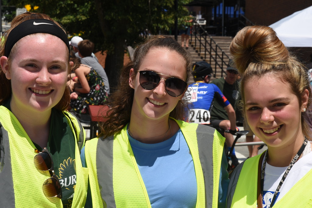 . Volunteers, Grace Kerr, Shelley Lielasus and Hannah Walters.  They are all going to be incoming Freshmen at Fitchburg State University on the Field Hockey Team. Sentinel & Enterprise - Jim Fay
