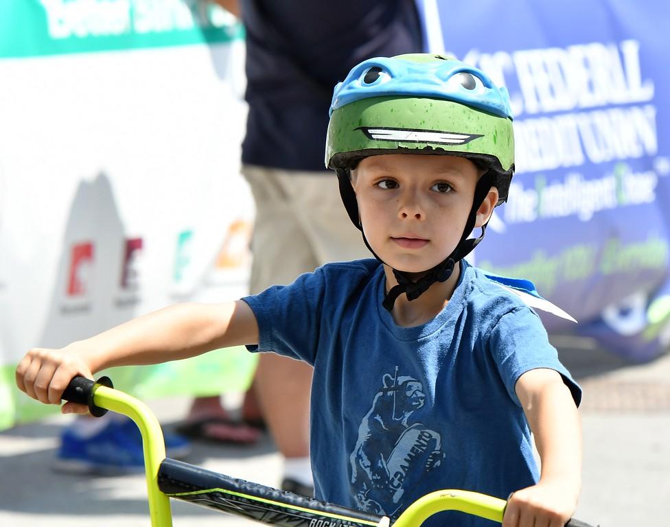 . Kids Race at the Longsjo Classic. Sentinel & Enterprise - Jim Fay