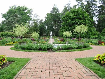 fountain, Flower Garden Walk
