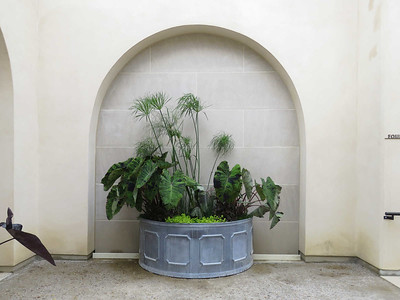 fountain terrace planter