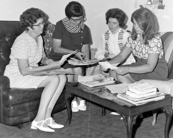 This negative was labeled Teutopolis women interested in government 1972