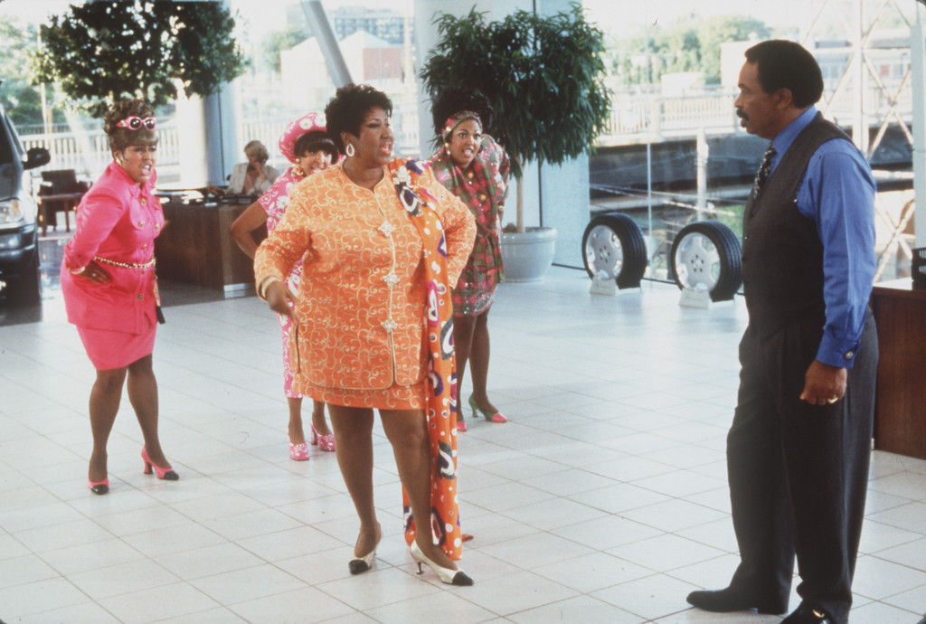 . local aretha franklin and matt murphy in blues brothers 2000