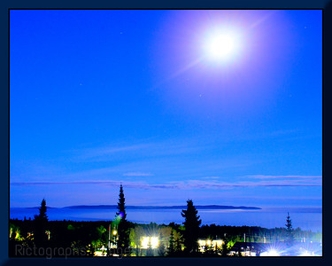 Lake Superior & Moon, Lookout 2019