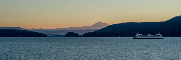 The Ferry Hyak before sunrise,  January 1, 2016