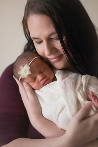 Loralye Newborn-19