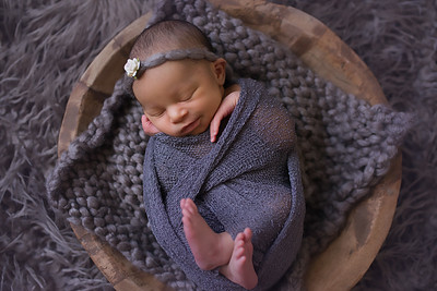 Loralye Newborn-26
