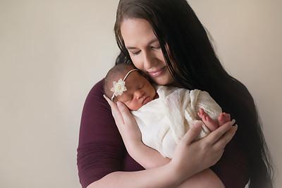 Loralye Newborn-18