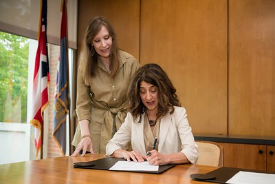 signing an agreement with Cleveland-Marshall College of Law  4