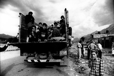 Kurdish families prepare to return home after the war in Iraq,1991