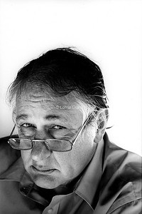 MEDIA : Bob Ellis, Writer & Film Critic