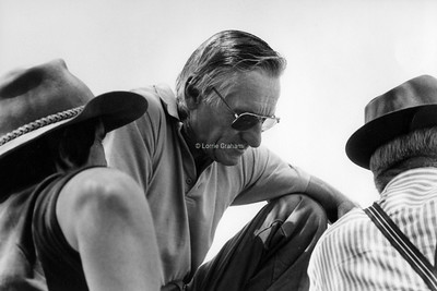 ON THE EDGE The Changing World of Australia's Farmers 1992