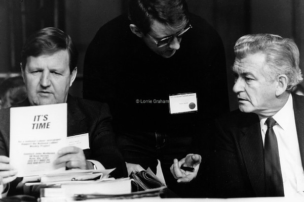 POLITICS : Barry Unsworth and Bob Hawke at ALP Conference, Hobart, 1986.
