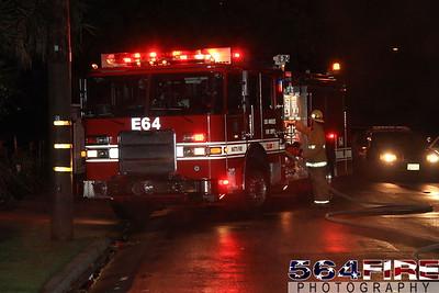 LAFD Auto Fire 11-27-10 91st & Compton Ave 104