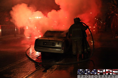 LAFD Auto Fire 11-27-10 91st & Compton Ave 108