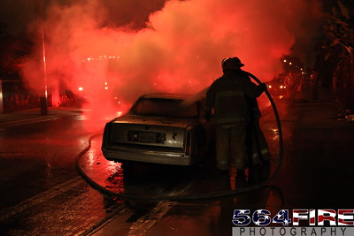 LAFD Auto Fire 11-27-10 91st & Compton Ave 109