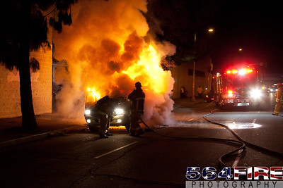 111216 LAFD Auto Fire MLK at Broadway-114