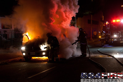 111216 LAFD Auto Fire MLK at Broadway-122